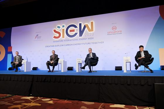Panel Discussion Why attend siew